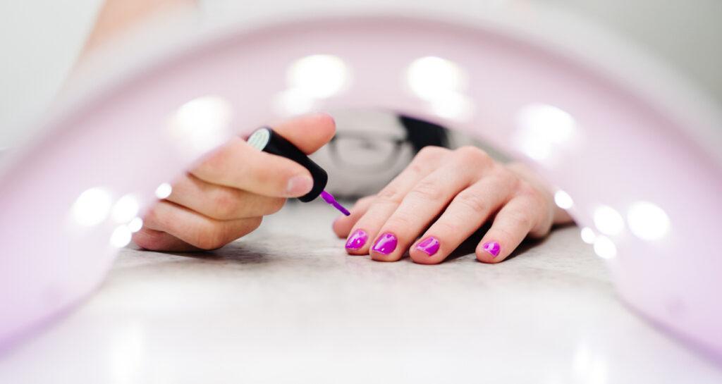 manicure hybrydowy krok po kroku